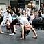 Pokaz akrobatyki z elementami gimnastyki artystycznej  z DK Kadr